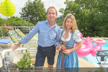 Lugners Gartenparty - Lugner Privatvilla - Di 07.08.2018 - Heribert KASPER, Andrea vom Badesee28