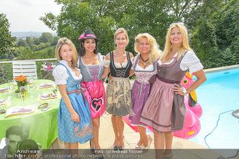 Lugners Gartenparty - Lugner Privatvilla - Di 07.08.2018 - Dani KENNEDY, Nina Bambi BRUCKNER, Sonja SCHÖNANGER, Simona, An35