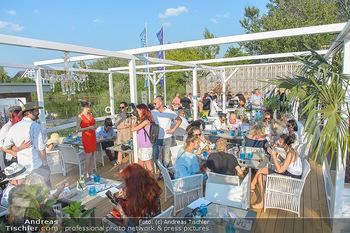 Sky Summerlounge Opening - Blaue Lagune SCS - Do 09.08.2018 - Übersichtsfoto Summerlounge, Lokalität, Gäste20