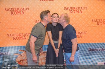 Kinopremiere Sauerkrautkoma - Village Cinemas - Do 09.08.2018 - Lisa Maria Potthoff, Sebastian BEZZEL, Simon SCHWARZ16
