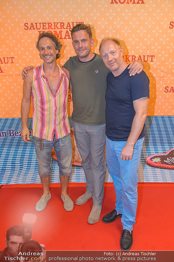 Kinopremiere Sauerkrautkoma - Village Cinemas - Do 09.08.2018 - Michael OSTROWSKI, Simon SCHWARZ, Sebastian BEZZEL27
