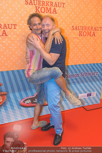 Kinopremiere Sauerkrautkoma - Village Cinemas - Do 09.08.2018 - Michael OSTROWSKI, Simon SCHWARZ32