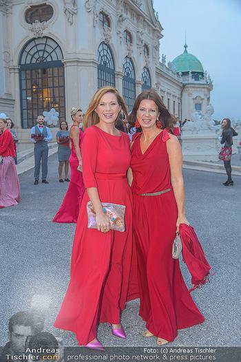 Leading Ladies Awards 2018 - Schloss Belvedere - Di 04.09.2018 - Johanna SETZER, Sabine KARNER38