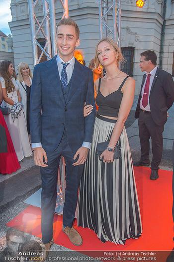 Leading Ladies Awards 2018 - Schloss Belvedere - Di 04.09.2018 - Ferdinand Zvonimir HABSBURG-LOTHRINGEN mit Schwester Eleonore VO39
