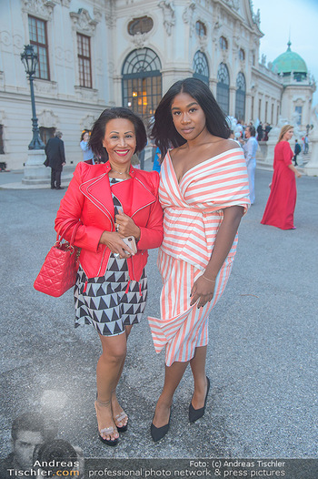 Leading Ladies Awards 2018 - Schloss Belvedere - Di 04.09.2018 - Rose May ALABA mit Mutter Gina43