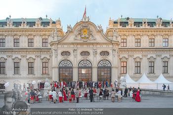 Leading Ladies Awards 2018 - Schloss Belvedere - Di 04.09.2018 - Gäste beim Sektempfang, vor dem Schloss Belvedere, Sommerfest63