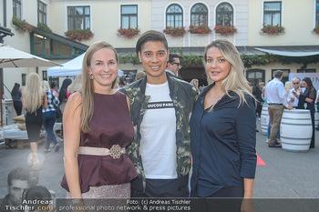 Runway Fashion Show - Kattus Sektkellerei - Do 06.09.2018 - Olga LASKARI, Maria GROßBAUER (GROSSBAUER), Alexis FERNANDEZ1