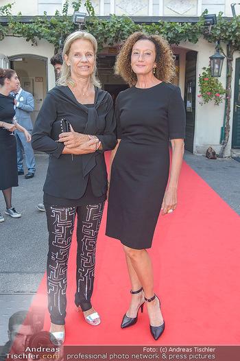Runway Fashion Show - Kattus Sektkellerei - Do 06.09.2018 - Elisabeth POLSTERER-KATTUS, Konstanze BREITEBNER17