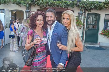 Runway Fashion Show - Kattus Sektkellerei - Do 06.09.2018 - Christina LUGNER, Mauro John MALOBERTI, Yvonne RUEFF23