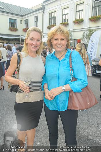 Runway Fashion Show - Kattus Sektkellerei - Do 06.09.2018 - Erika SUESS, Gabriele ZUNA-KRATKY27