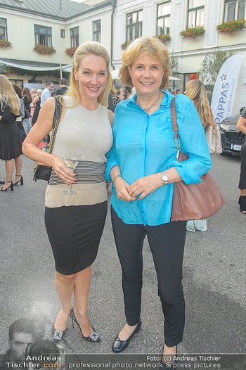 Runway Fashion Show - Kattus Sektkellerei - Do 06.09.2018 - Erika SUESS, Gabriele ZUNA-KRATKY28