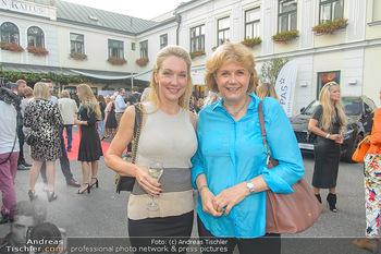Runway Fashion Show - Kattus Sektkellerei - Do 06.09.2018 - Erika SUESS, Gabriele ZUNA-KRATKY29