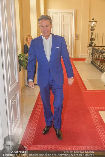 Ehrenzeichen für Karl Spiehs - Bundeskanzleramt - Mo 10.09.2018 - Alfons HAIDER15