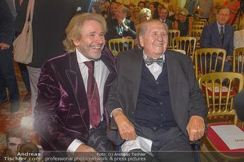 Ehrenzeichen für Karl Spiehs - Bundeskanzleramt - Mo 10.09.2018 - Karl SPIEHS, Thomas GOTTSCHALK41