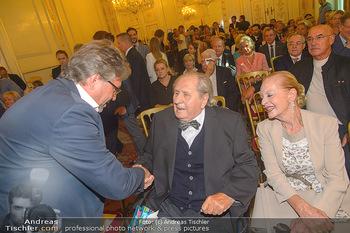 Ehrenzeichen für Karl Spiehs - Bundeskanzleramt - Mo 10.09.2018 - Alexander WRABETZ, Karl SPIEHS, Angelika SPIEHS60