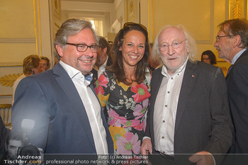 Ehrenzeichen für Karl Spiehs - Bundeskanzleramt - Mo 10.09.2018 - Alexander WRABETZ, Vera RUSSWURM, Karl MERKATZ90