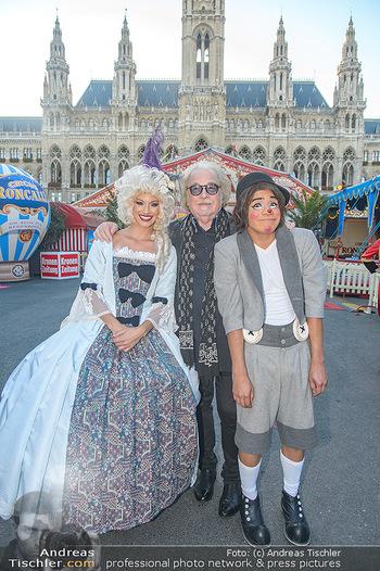 Roncalli Zirkus Premiere - Roncalli Zirkuszelt Rathausplatz Wien - Mi 12.09.2018 - Bernhard PAUL, Chistirrin (Clown), Quincy AZZARIO7
