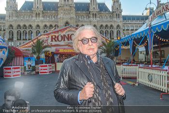 Roncalli Zirkus Premiere - Roncalli Zirkuszelt Rathausplatz Wien - Mi 12.09.2018 - Bernhard PAUL10
