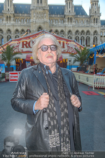 Roncalli Zirkus Premiere - Roncalli Zirkuszelt Rathausplatz Wien - Mi 12.09.2018 - Bernhard PAUL12