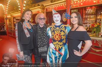 Roncalli Zirkus Premiere - Roncalli Zirkuszelt Rathausplatz Wien - Mi 12.09.2018 - Familie Bernhard PAUL mit Tochter Viviane und Ehefrau Eliana LAR36