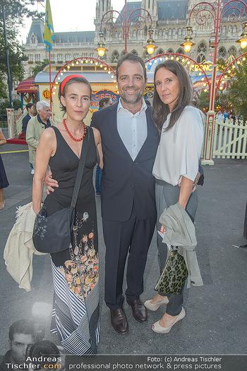Roncalli Zirkus Premiere - Roncalli Zirkuszelt Rathausplatz Wien - Mi 12.09.2018 - Maria KÖSTLINGER, Jürgen MAURER, Mercedes ECHERER52