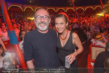 Roncalli Zirkus Premiere - Roncalli Zirkuszelt Rathausplatz Wien - Mi 12.09.2018 - Karl MARKOVIC, Mercedes ECHERER123