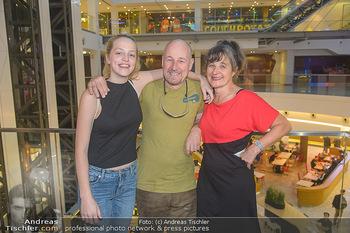 COPS Kinopremiere - UCI Millennium City Wien - Di 18.09.2018 - Roland DÜRINGER, Anna SUK, Maria HOFSTÄTTER16