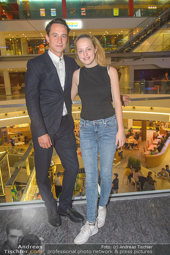 COPS Kinopremiere - UCI Millennium City Wien - Di 18.09.2018 - Anna SUK, Laurence RUPP25