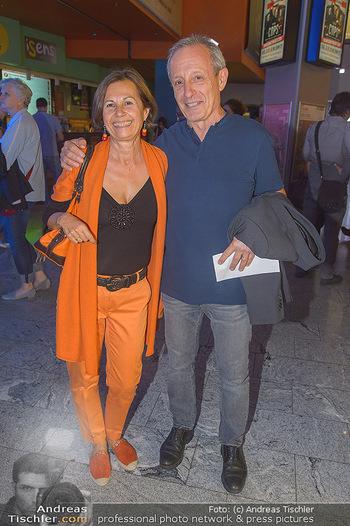 COPS Kinopremiere - UCI Millennium City Wien - Di 18.09.2018 - Peter PILZ mit Ehefrau Gudrun46