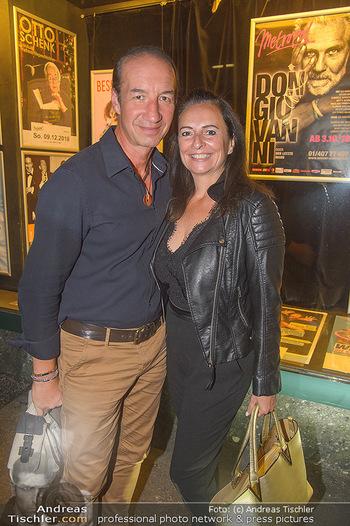 20 Jahre Peter Hofbauer im Metropol - Wiener Metropol, Wien - Mi 19.09.2018 -  Michael SEIDA mit Freundin Ulli RUPRECHT17