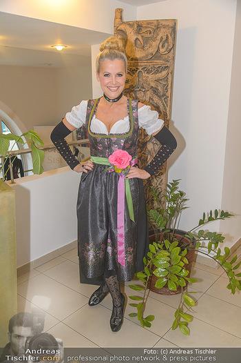 Promi Trachtenmodenschau - GSH Designhotel Ana Enzian Wien - Mi 26.09.2018 - Evelyn RILLE5