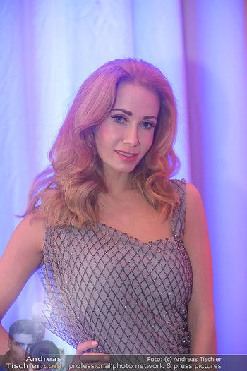 Flair de Parfum - Wiener Stadthalle - Sa 29.09.2018 - Carina SARKISSOVA (Portrait)57