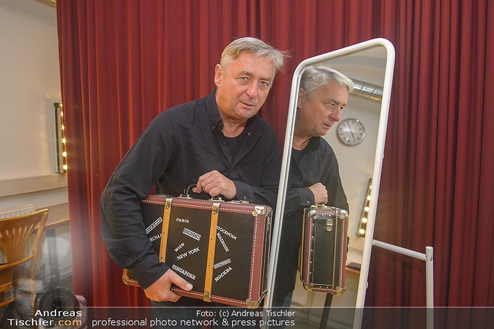 Andreas Vitasek Austrophobia Kabarettpremiere Stadtsaal Wien Di