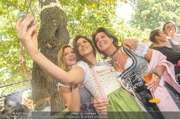 Damenwiesn - Wiener Wiesn, Wien - Do 11.10.2018 - Kathi STUMPF, Johanna SETZER, Anna HUBER47