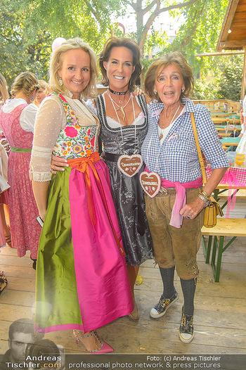 Damenwiesn - Wiener Wiesn, Wien - Do 11.10.2018 - Ulli EHRLICH, Kathi STUMPF mit Mutter Elisabeth51