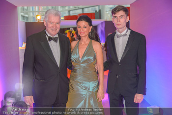 Ronald McDonald Kinderhilfegala - Messe Wien - Fr 19.10.2018 - Sonja KLIMA, Josef KIRCHBERGER mit Sohn8