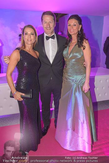 Ronald McDonald Kinderhilfegala - Messe Wien - Fr 19.10.2018 - Franco FODA mit Ehefrau Andrea, Sonja KLIMA35
