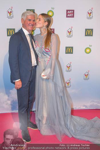 Ronald McDonald Kinderhilfegala - Messe Wien - Fr 19.10.2018 - Victoria SWAROVSKI, Michael HEINRITZI97