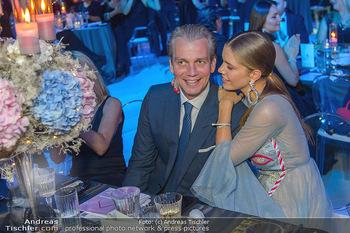 Ronald McDonald Kinderhilfegala - Messe Wien - Fr 19.10.2018 - Victoria SWAROVSKI mit Ehemann Werner MÜRZ114