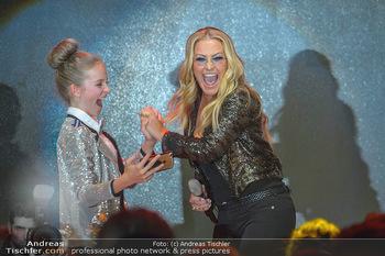 Ronald McDonald Kinderhilfegala - Messe Wien - Fr 19.10.2018 - ANASTACIA (Bühnenfoto, Konzert), Lilly-Marie KÖCK312
