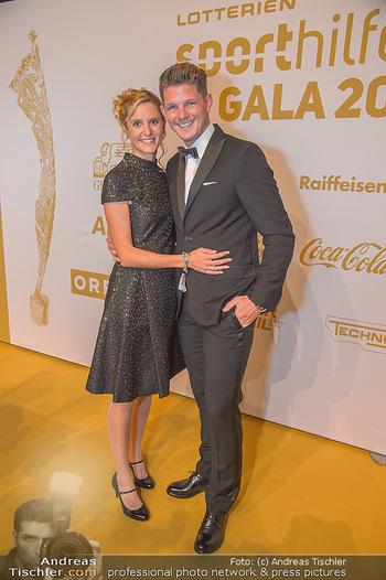 Sporthilfe Sportler des Jahres Gala - Marx Halle - Mi 31.10.2018 - Thomas MORGENSTERN mit Freundin Sabrina40
