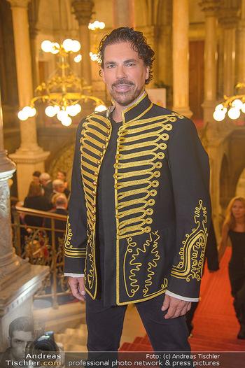 Life goes on Gala - Rathaus Wien - Sa 03.11.2018 - Laszlo MALECZKY (Portrait)15