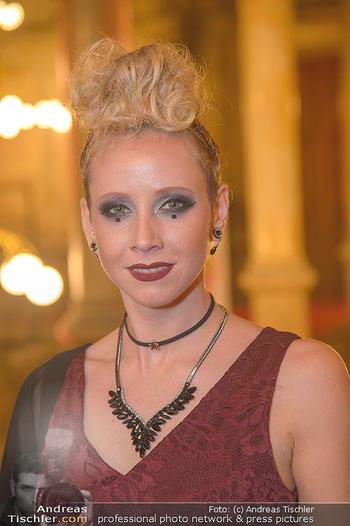 Life goes on Gala - Rathaus Wien - Sa 03.11.2018 - Rebecca RAPP (Portrait)16
