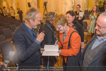 Erwin Wurm Ausstellungseröffnung - Albertina - Di 20.11.2018 - 18