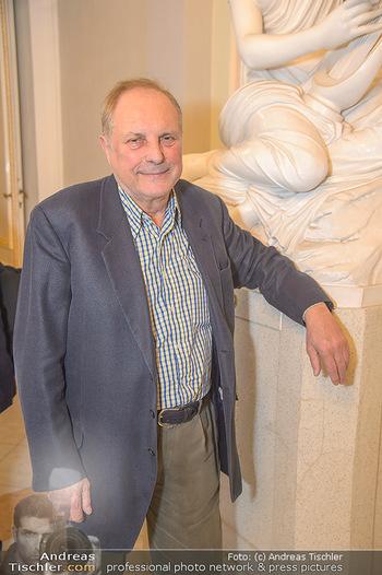 Erwin Wurm Ausstellungseröffnung - Albertina - Di 20.11.2018 - Christian Ludwig ATTERSEE40