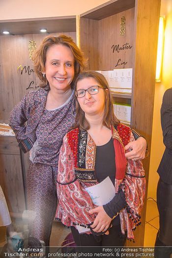 Master Lin Meaningful Luxury - MQ Museumsquartier, Wien - Mo 26.11.2018 - Patricia PAWLICKI mit Tochter Raphaela41