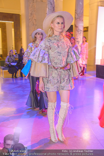 AFA - Austrian Fashion Awards - Weltmuseum - Di 27.11.2018 - Models am Laufsteg15