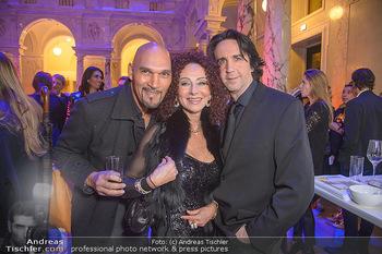 AFA - Austrian Fashion Awards - Weltmuseum - Di 27.11.2018 - Cyril RADLHER, Christina LUGNER, Josef WINKLER27