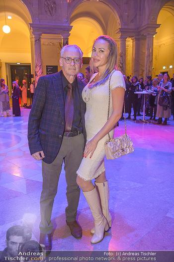 AFA - Austrian Fashion Awards - Weltmuseum - Di 27.11.2018 - Christian und Ekaterina MUCHA29