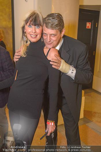 AFA - Austrian Fashion Awards - Weltmuseum - Di 27.11.2018 - Dieter CHMELAR mit Ehefrau36